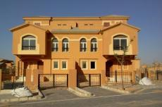 Townhouse 270m For Sale In Dyar Park New Cairo,