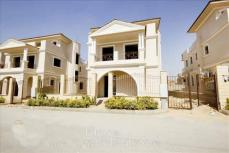Egypt houses for Sale Villa for Sale Compound Maxim New Cairo