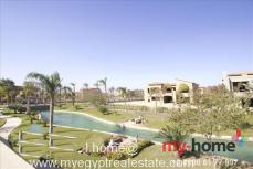Swan Lake Compound Cairo, Palace 1300m Overlooks Landscape& Water Features for Sale