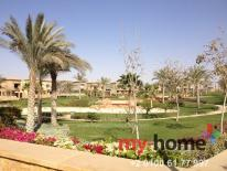 Seasons Compound in New Cairo, Villa for Sale Overlooking Water Features |  كمبوند  سيزونز, فيلا للبيع على البحيرات