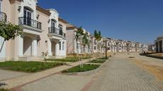 Layan Residence New Cairo Prices, Middle Townhouse For Sale Open View | ليان ريزيدنس القاهرة الجديده, تاونهاوس ميديل للبيع بفيو مفتوح